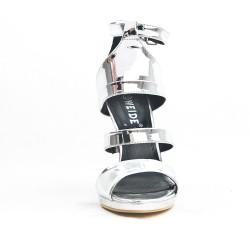 Sandale argent en vernis métallisé
