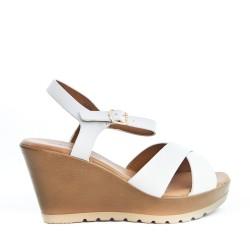 Sandale compensée blanche à brides croisées