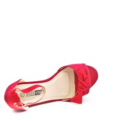 Red wedge sandal with bow