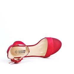 Red sandal with rhinestones in heel