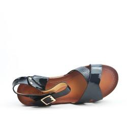 Black sandal with big heel