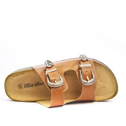 Camel comfort flap with buckled strap