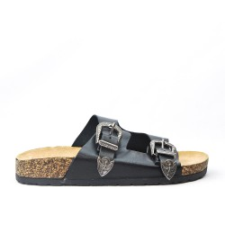 Black comfort flap with buckled strap