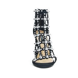 Black strappy sandal with pearls
