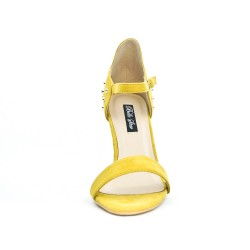Yellow faux sandal with pearl on the back