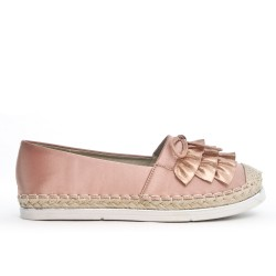 Pink espadrille with a ruffle