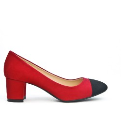 Red pump with small square heel