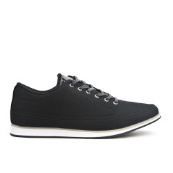 Black comfort shoe with lace