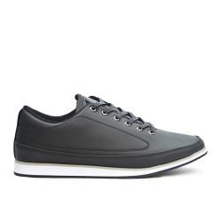 Zapato de confort negro con encaje