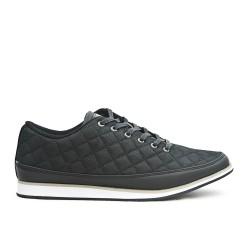 Chaussure noire détail matelassé à lacet