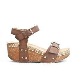 Sandale compensée marron à bride bouclée