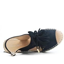 Sandale noire compensée en simili daim
