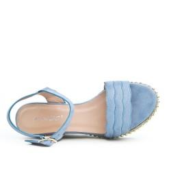 Sandale bleu en simili daim à talon compensé