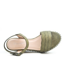 Sandale verte en simili daim à talon compensé