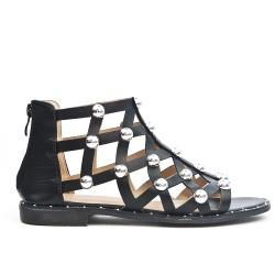 Sandale orné de perle avec fermeture zippé disponible en 3 couleurs