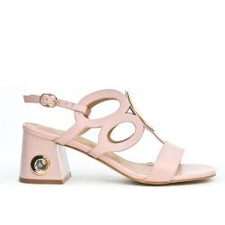Sandale à talon avec anneaux disponible en 3 couleurs
