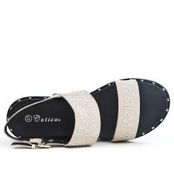 Sandale beige en simili daim avec anneaux