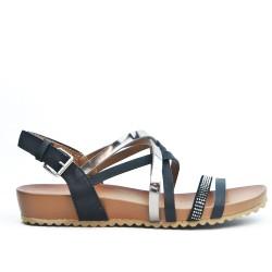 Black comfort sandal with multiple bridles