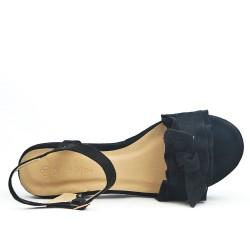 Black flounce sandal with big heel