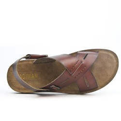 Brown men sandal with crossed straps