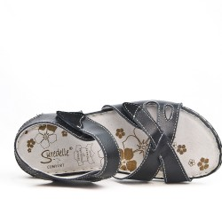 Available in 5 colors Comfort sandal with velcro closure