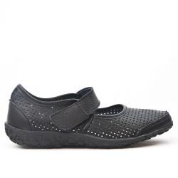 Zapato confort en piel perforada