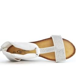 Sandale petit compensé blanche ornée de strass
