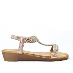 Small golden wedge sandal decorated with rhinestones