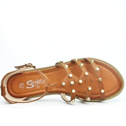 Camel flat sandal with studs