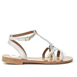 Silver flat sandal in leather