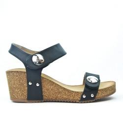 Sandale compensée noire avec bride à scratch