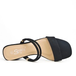 Black flap with square heel