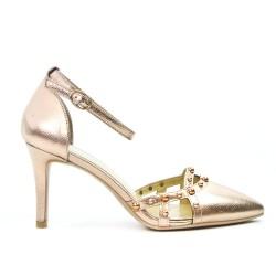 Golden sandal with heel