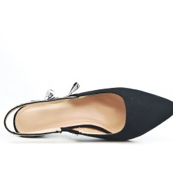 Black faux suede sandal with small heels