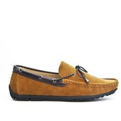 Camel moccasin with bow