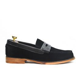 Black loafer with flange leather