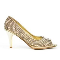Bomba dorada con tacones de diamantes de imitación