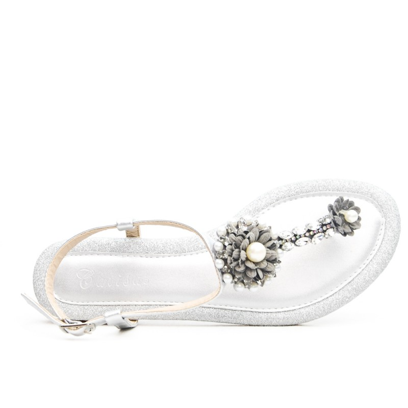 bc40a5044ada0c Silver flat sandal with rhinestones and pearls