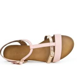 Sandale rose à bride bouclée