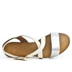 Sandale blanche en simili cuir