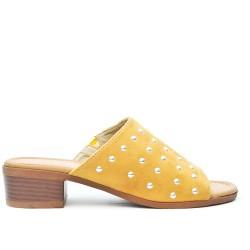 Claquette jaune en simili daim à talon