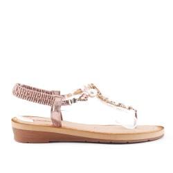 Sandale champagne à détail transparent orné de perle