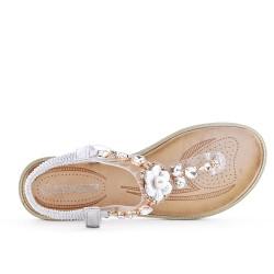 Sandale argent à détail transparent orné de strass