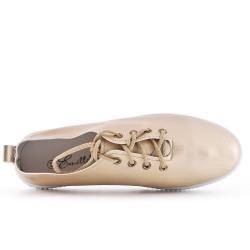 Basket dorée à lacet en simili cuir