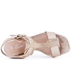 Sandale beige à gros talon