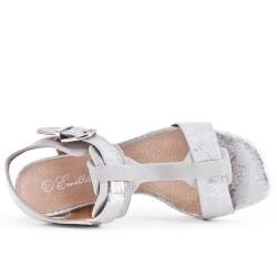 Sandale grise à gros talon