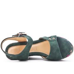 Sandale compensée verte à semelle imprimée fleuri