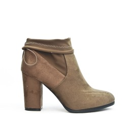 Taupe boot in faux suede