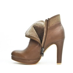 Brown ankle boot with rhinestones