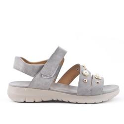 Sandale confort grise ornée de perle